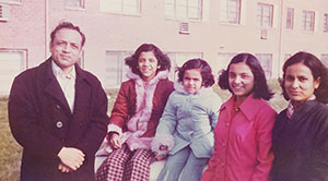 the sood sisters ranjana, shobana, and vandana with their parents, mohinder and asha sood