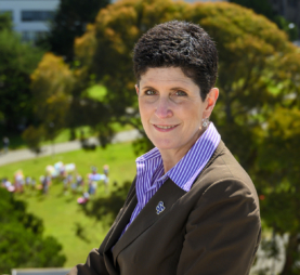 Photo of Lynn Mahoney