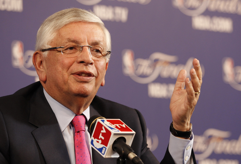 Photo of NBA Commissioner David Stern holds a news conference before Game 1 of the NBA Finals basketball playoff in Miami, Florida.
